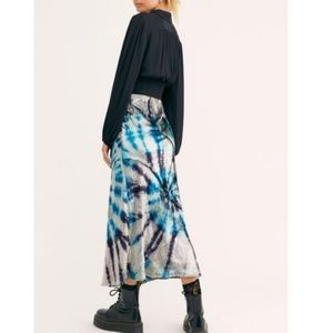 NEW TIE DYE PISCES COMBO FREE PEOPLE SKIRT